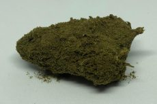 MoonRock cime impanate CBD